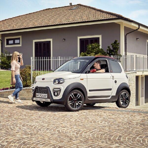 Nouveauté pour la gamme Microcar - M.Go - voiture sans permis - Microcar